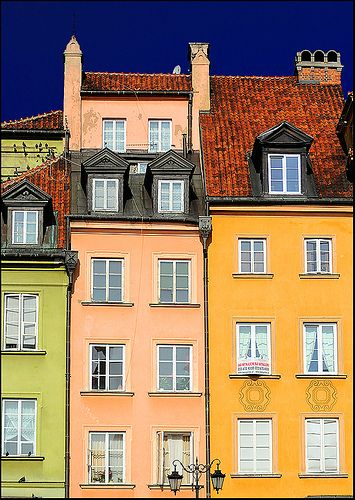 color houses | Warsaw, Poland