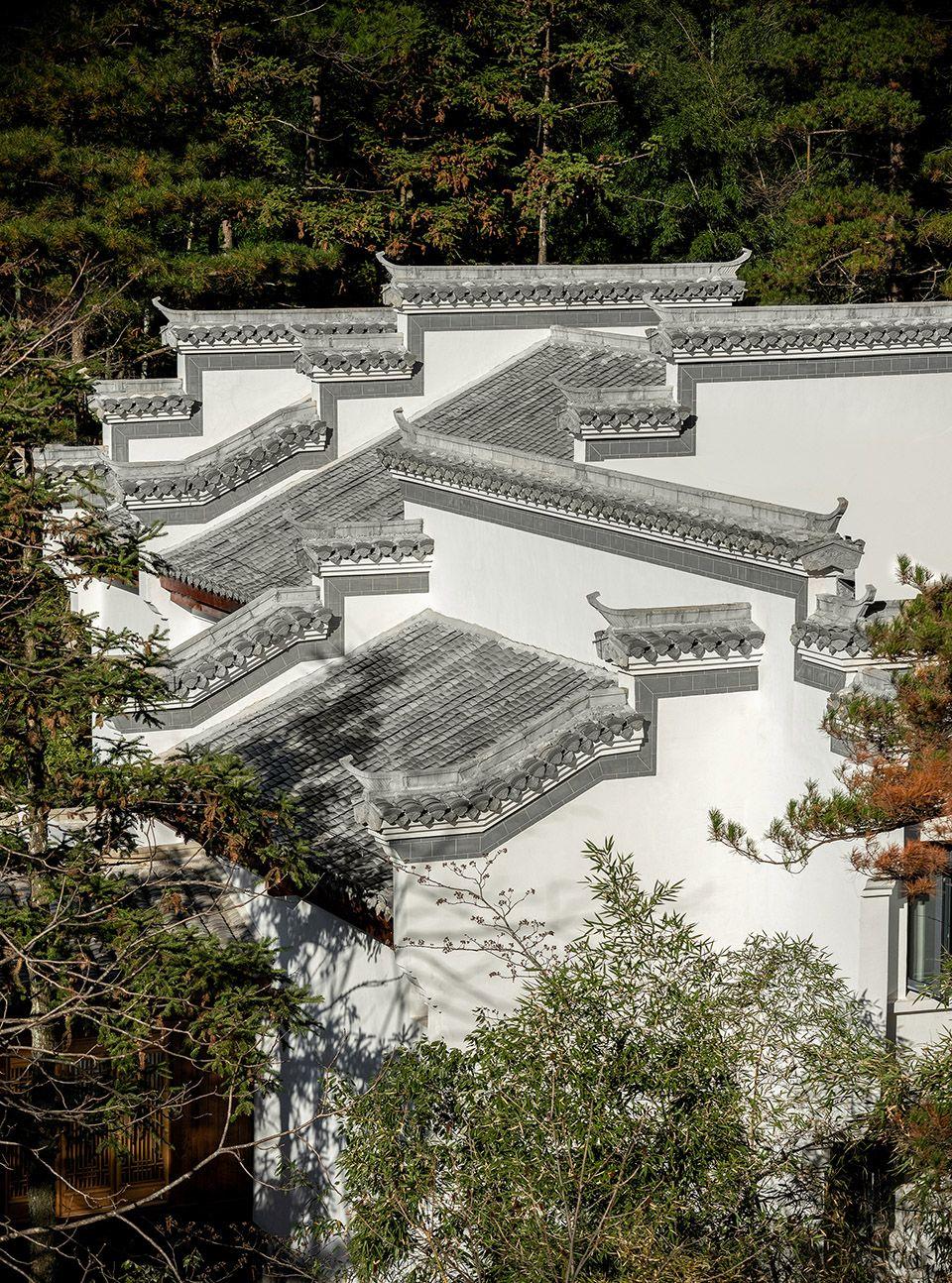 sunriver resort spa huangshan by cheng chung design hk architectural elements sunriver resort green scenery