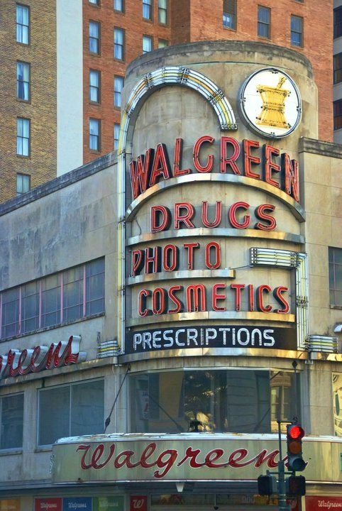 Walgreens Pharmacy Toiletries Etc No Difference Between This And Cvs However There S One Literally Vintage Neon Signs Vintage Signs Vintage Photographs
