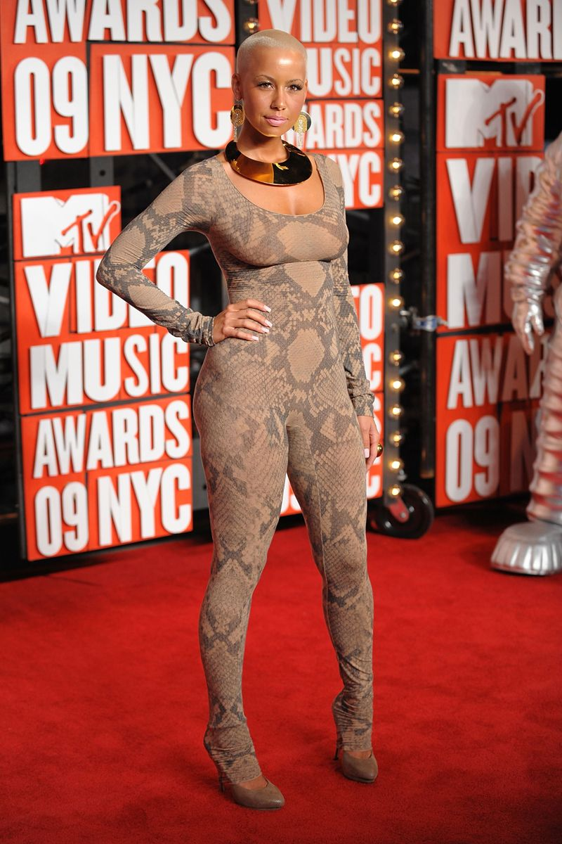 The Most Memorable Vma Looks Of All Time From The 80s To Now Celebrity Fashion Fails Fashion Fail How To Memorize Things