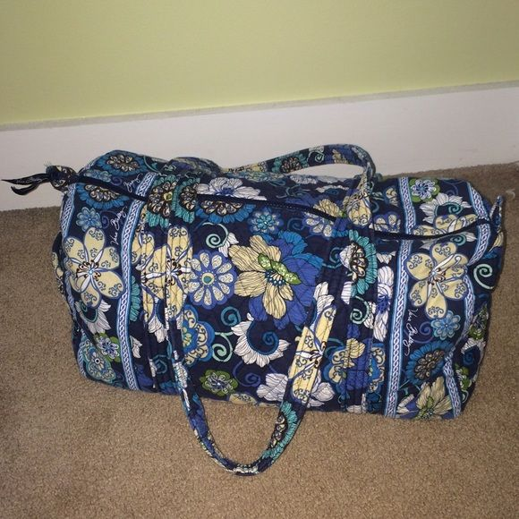 Vera Bradley Duffle Bag (Smaller Size) Zipper duffle bag - smaller size Vera Bradley Bags Travel Bags