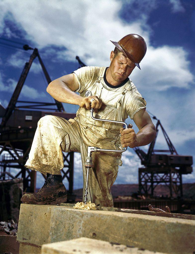 Construction Worker  DyePaint    Carpenter Work