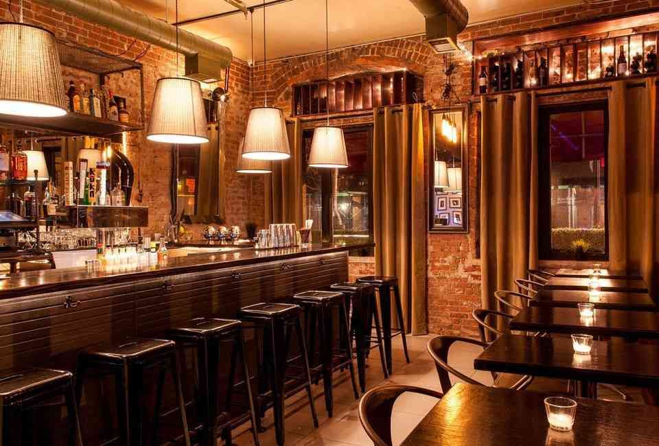 Where To Grab A Drink In Nyc Right Now Kitchen Bar Cool Bars Bar