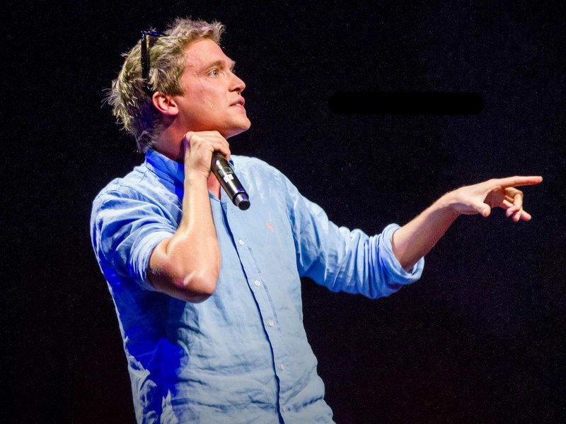 In a highly entertaining performance, beatboxer Tom Thum slings beats, comedy and a mouthful of instrumental impersonations into 11 minutes of creativity and fun that will make you smile.