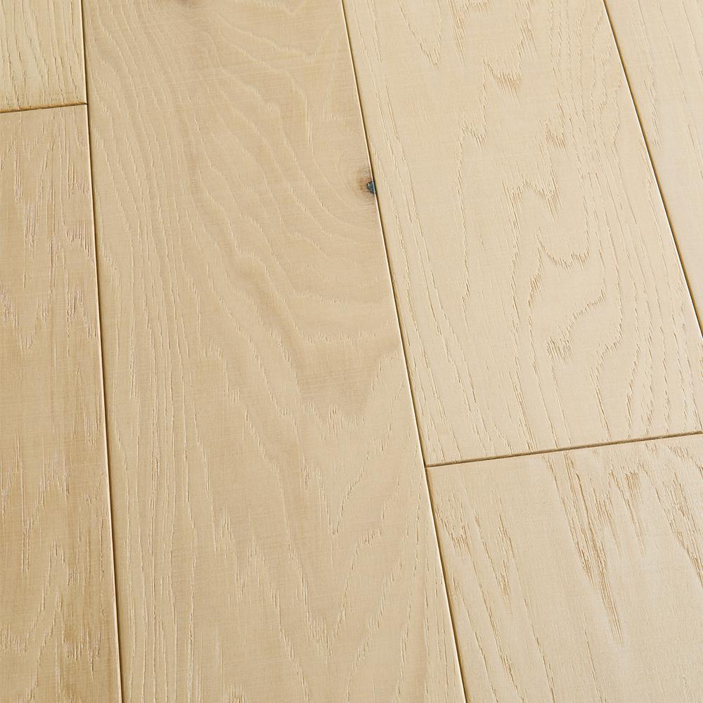 Malibu Wide Plank Hickory Vallejo 3 8 In T X 6 1 2 In W X Varying L Engineered Click Hardwood Flooring 23 64 Sq Ft Case Hdmmcl718ef The Home Depot Engineered Hardwood Flooring Engineered Hardwood