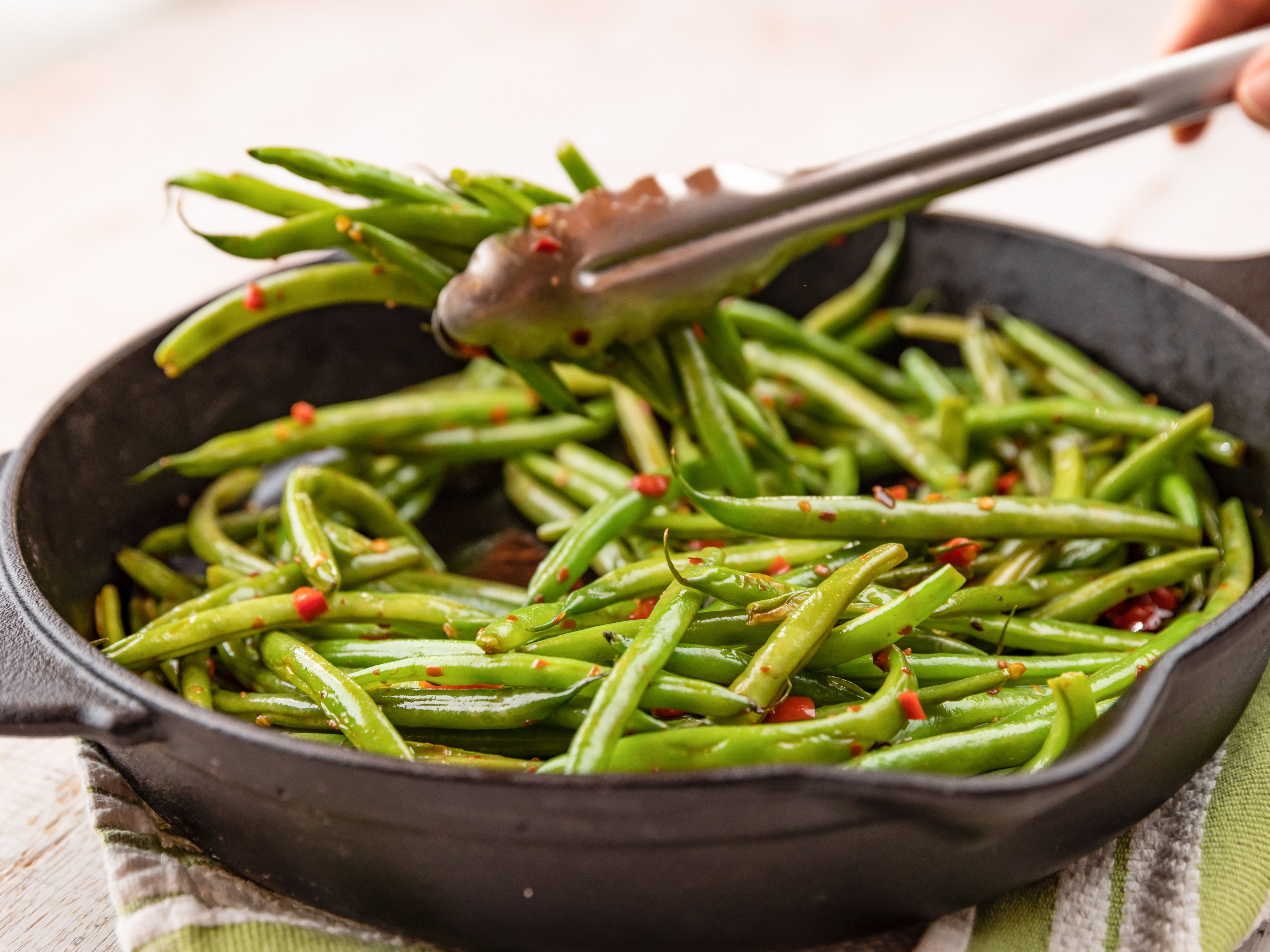 Spicy Green Beans Recipe Spicy Green Bean Recipes Green Bean Recipes Food Network Recipes
