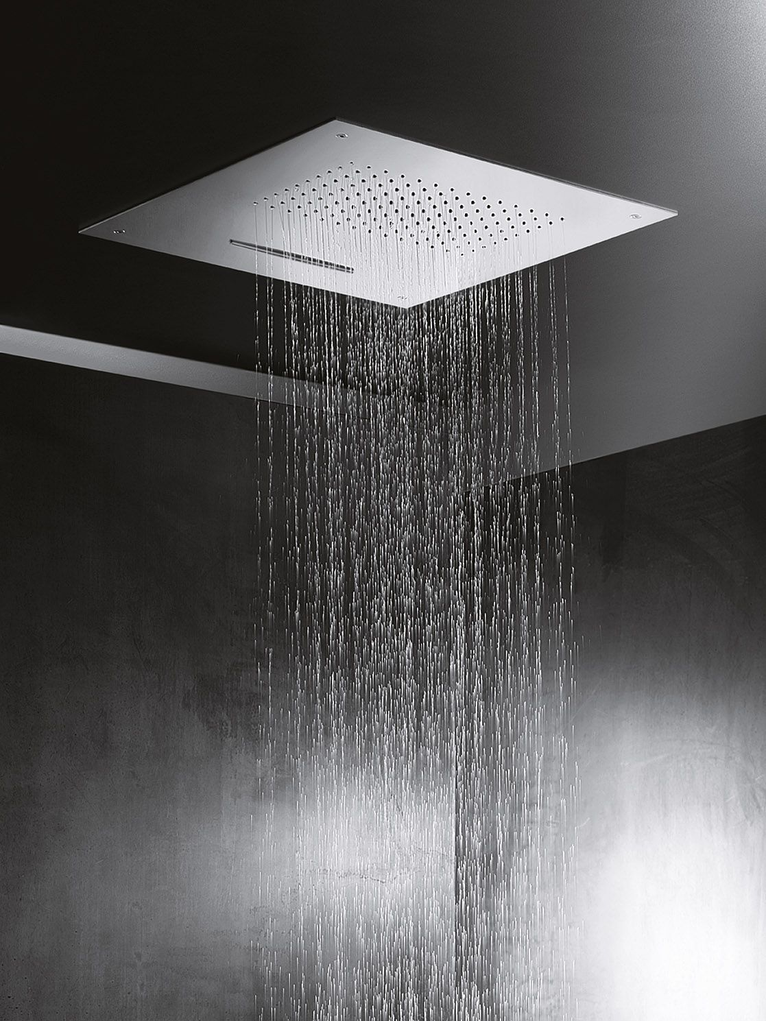 Doccinox Showers Are Crafted From Bright Stainless Steel And Contain An Internal Cartridge System Meaning The Shower Water Is Cont Luxury Shower Shower Builtin