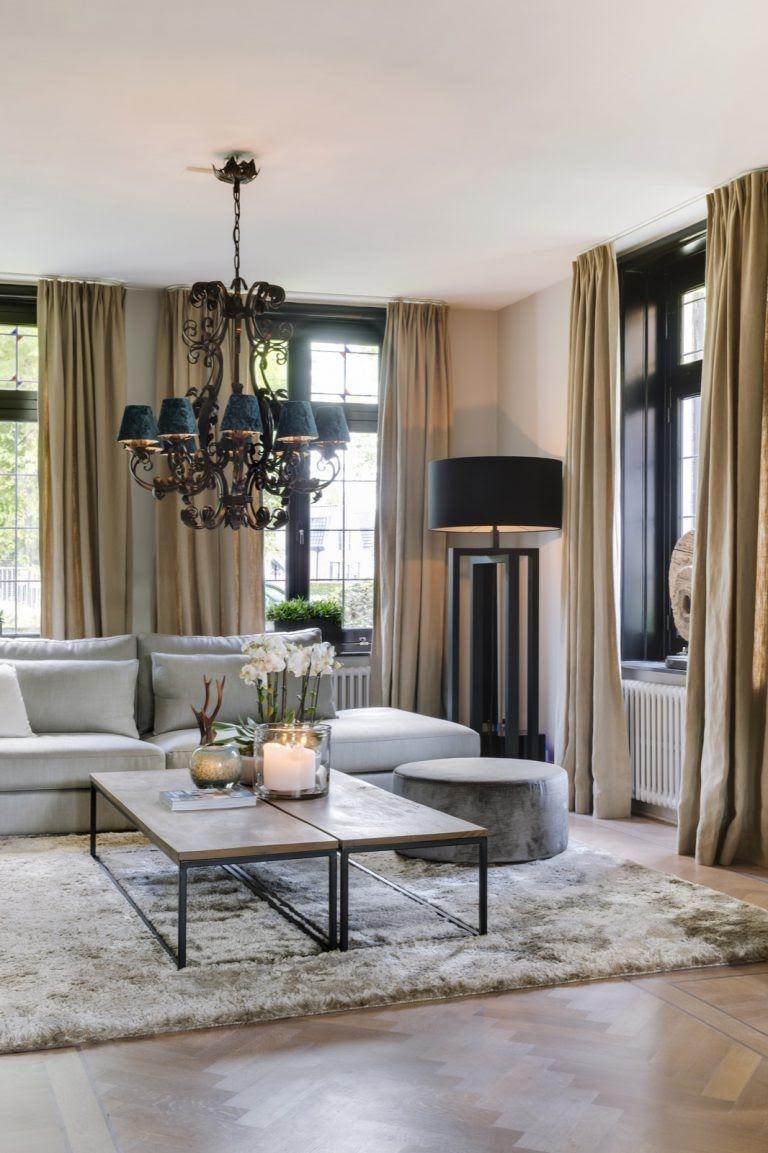 Woonideeën woonkamer met luxe meubelen en verlichting | Design ...