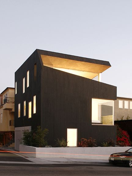 Surfhouse (Hermosa Beach, CA) XTEN Architecture
