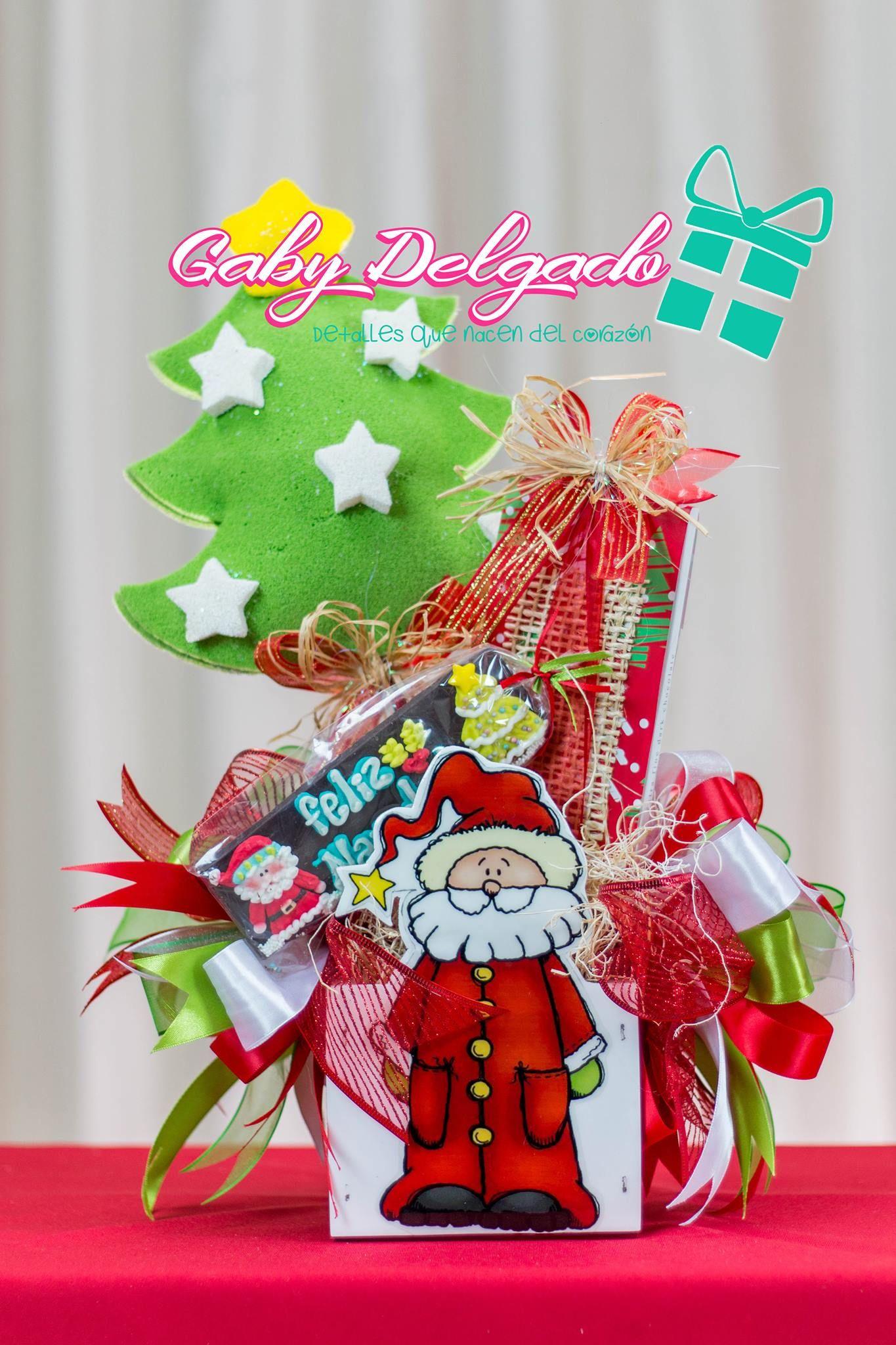 Pin de jazmin cervantes vega en navidad pinterest - Arreglos navidenos para mesa ...