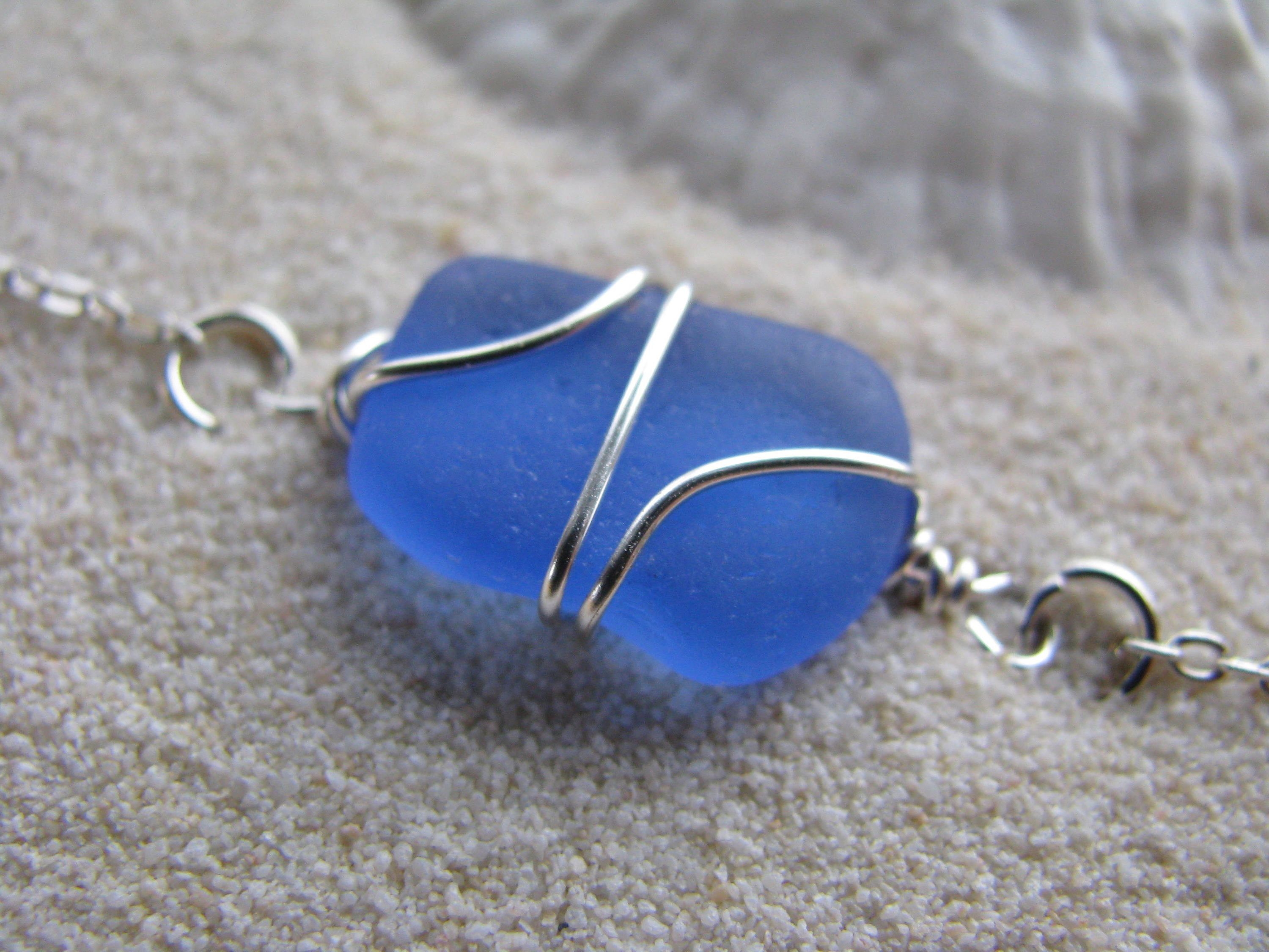 9424b857efa51 Tiny Sea Glass Jewelry Cornflower Blue Real SeaGlass Bracelet ...