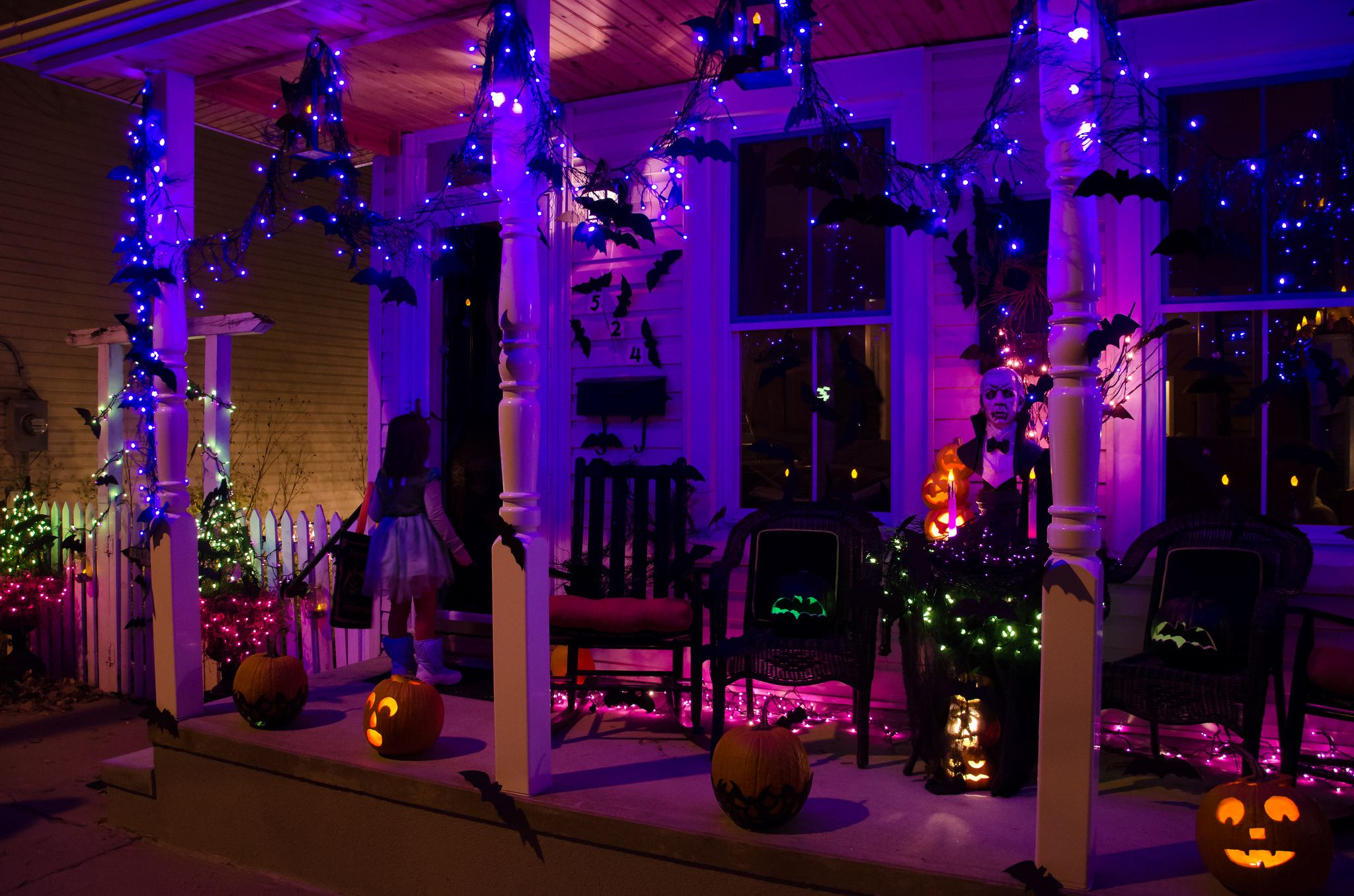 complete list of halloween decorations ideas in your home rh pinterest com  cheap outdoor halloween lights