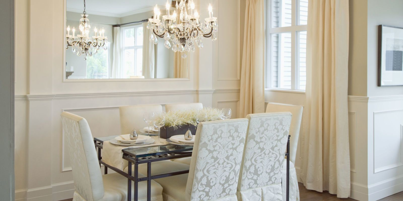 This Simple Dining Room Decorating Trick Will Help You Avoid Overeating