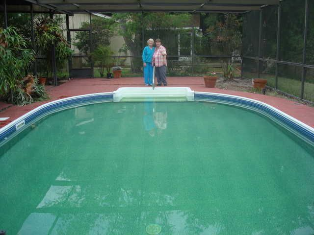 stunning ingroung pool liners with green porcelain material combined with red flooring for pool edging tile