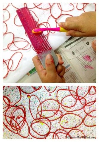 Making Creative Gift Wrapping Paper with the Kids at B-Inspired Mama #painting