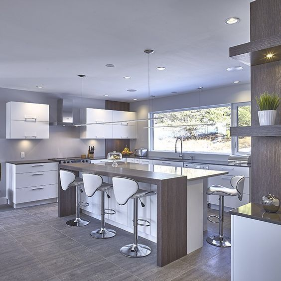 A Big Kitchen interior design will not be hard with our clever tips