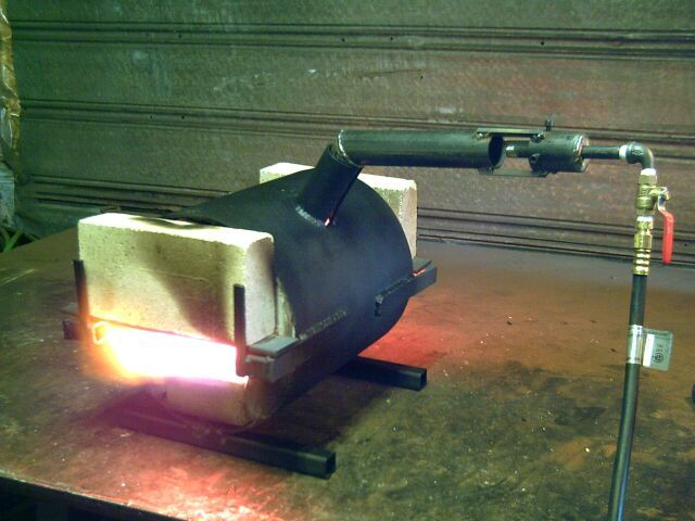 Knife Forging Ovens : Homemade pipe burner the following photos are some