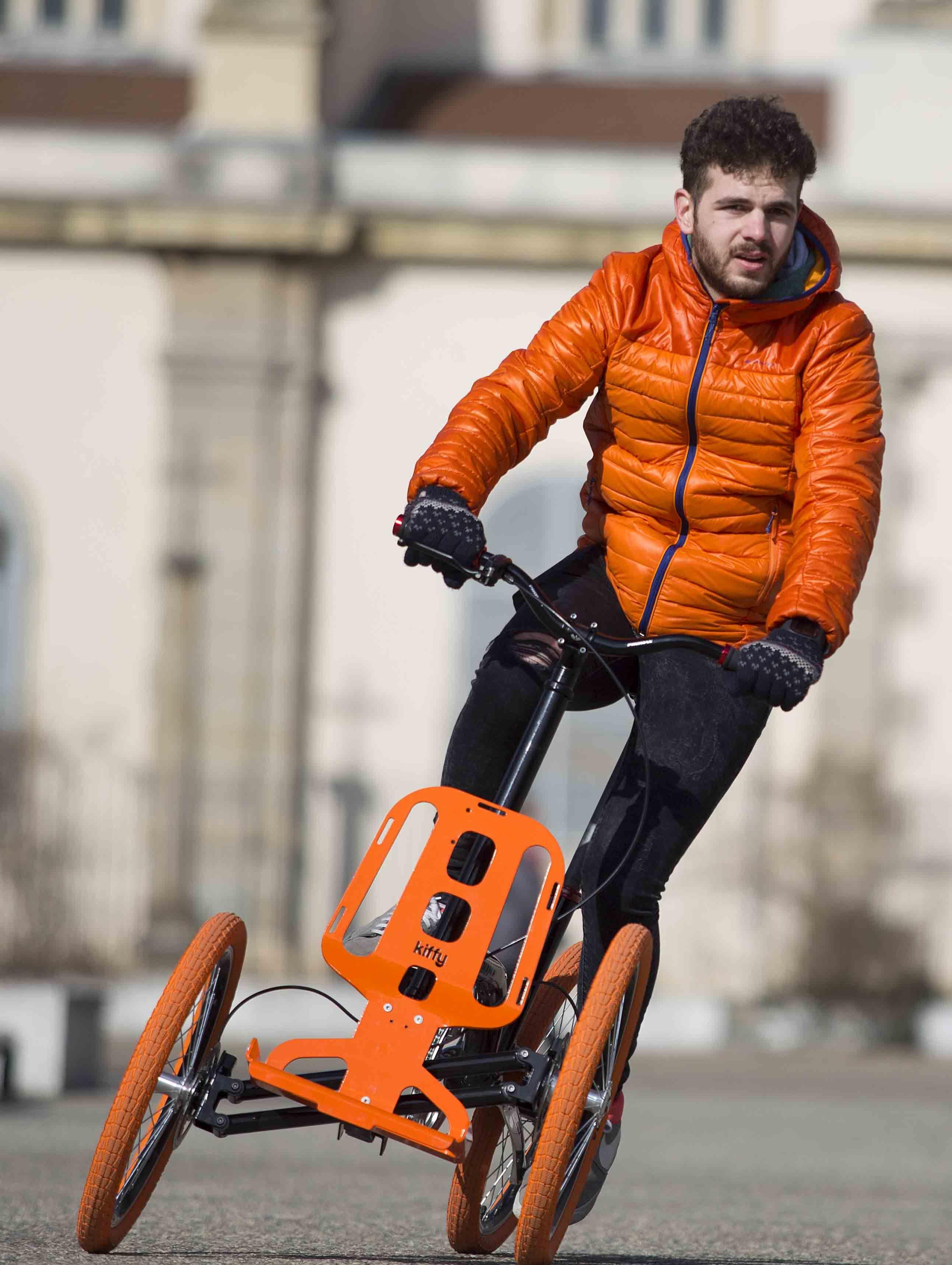 bio tiful urban mobilit voici kiffy joyau de l 39 industrie du cycle st phanoise fabriqu 90. Black Bedroom Furniture Sets. Home Design Ideas