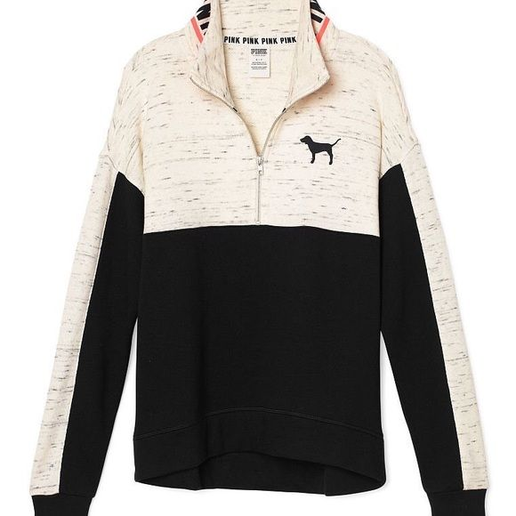 ISO !!!! please if anyone has this sweater , comment down