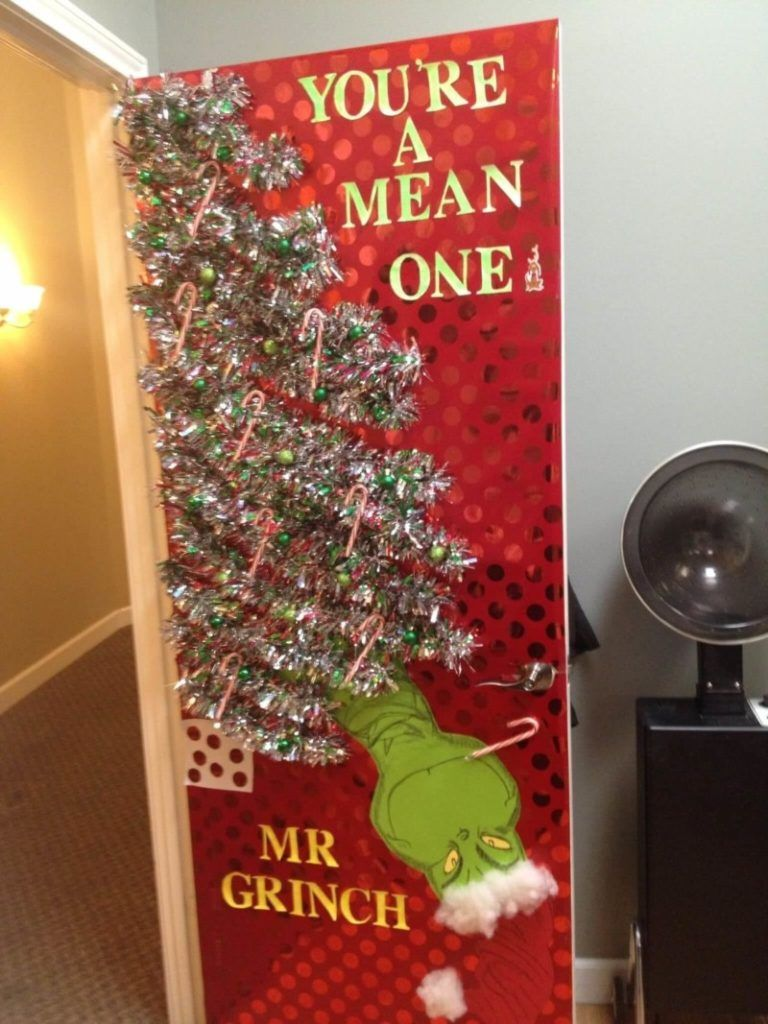 50 Wonderful Christmas Decorations Ideas For Office Christmas Door Decorating Contest Office Christmas Decorations Holiday Door Decorations