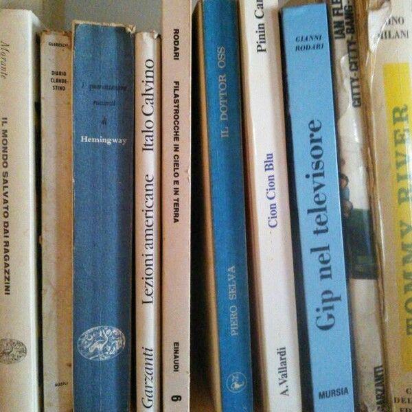 piccolo dettaglio della mia #libreria settore #nostalgia #libri