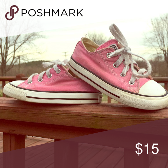 3ab3b708e0c0 Toddler bugglegum pink Converse All⭐️Star Gently used toddler size 8 Converse  Allstars! Super cute