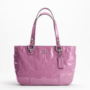 i have this bag. love it so much, i am searching for different colors on ebay.