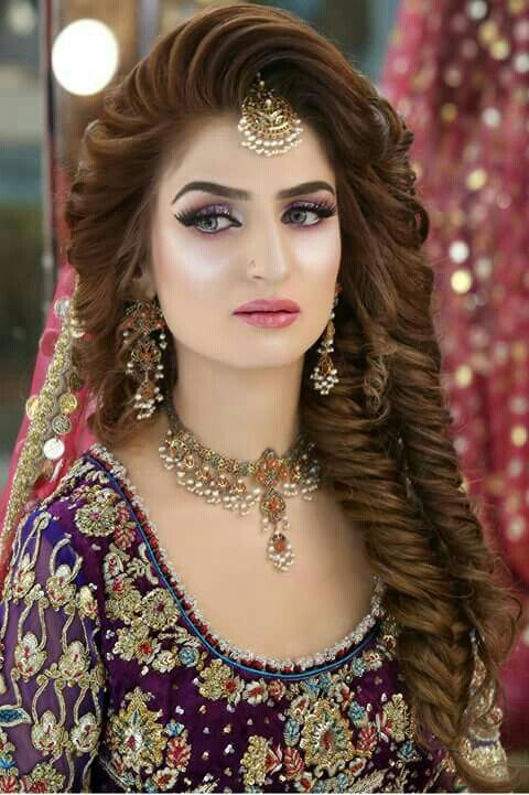 Pin By Sehr Asif On Hair Pakistani Bridal Hairstyles Indian Bridal Makeup Bridal Makeup Looks