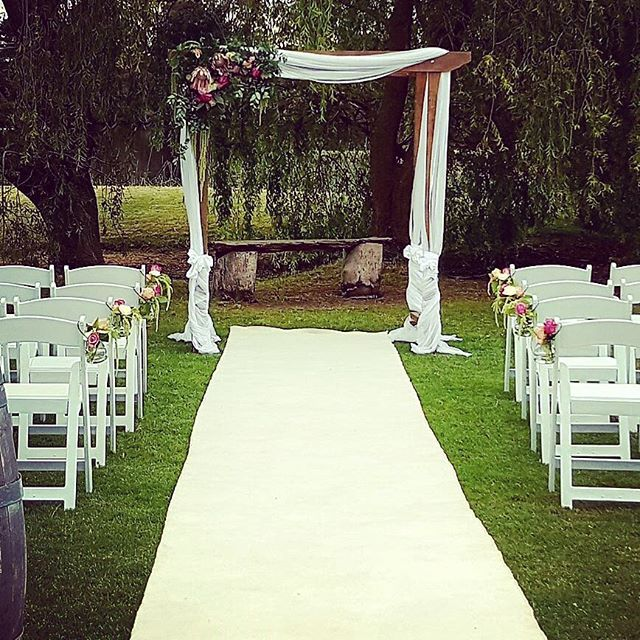 Outdoor wedding ideas for your ceremony garden and beach wedding ceremony decoration and styling for all your wedding hire needs chairs arches aisle decorations specialising in garden and beach weddings victoria wide junglespirit Choice Image