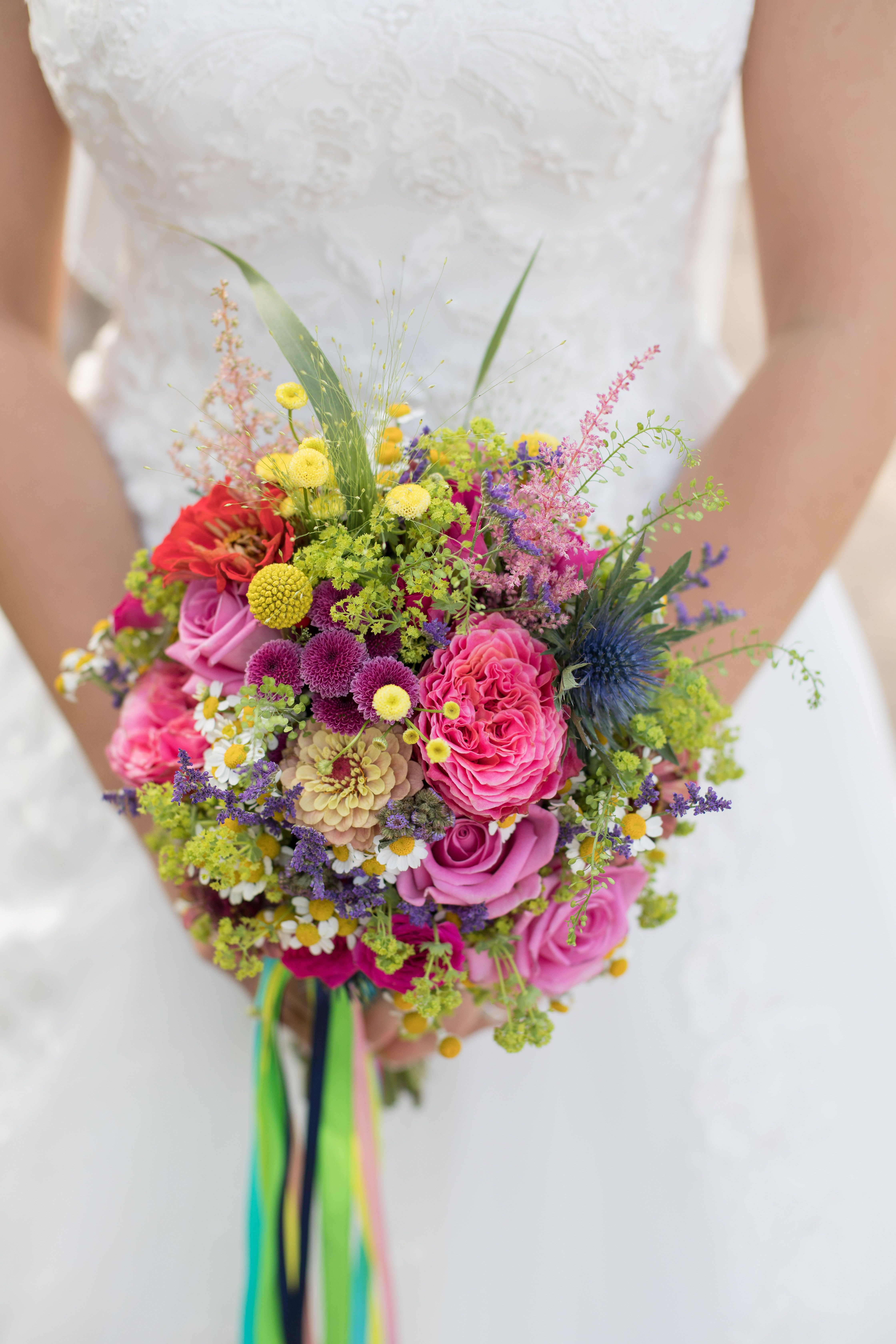 Brautstrauss Bridal Bouquet Bunt Colourful Regenbogen Sommer Rosa Pink Gelb Blau Blumenstrauss Hochzeit Brautstrauss Brautstrauss Bunt