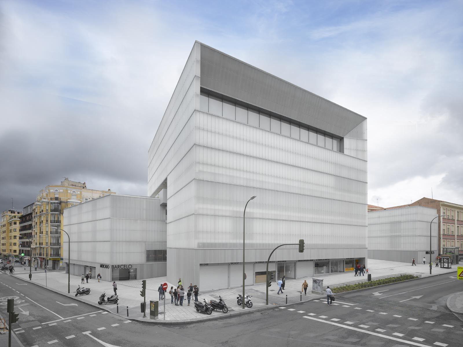 Barcel market library and sports hall nieto sobejano - Arquitectos en espana ...