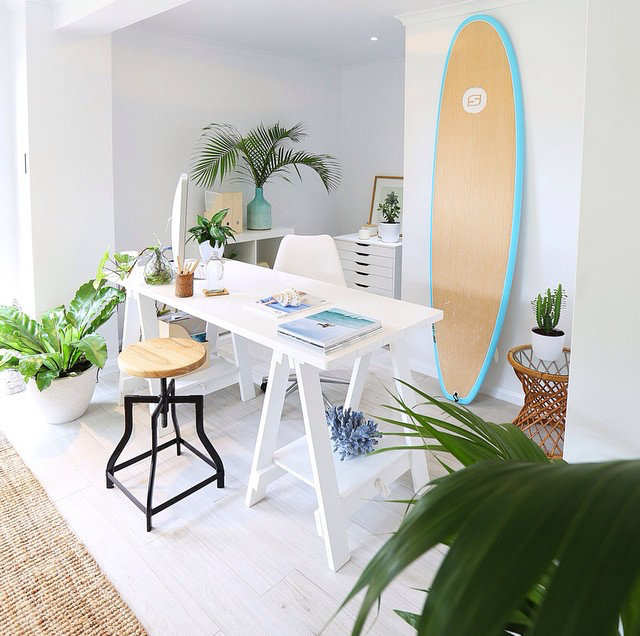 14 Surfboards that Work Perfectly as Beach-Chic Decor ...