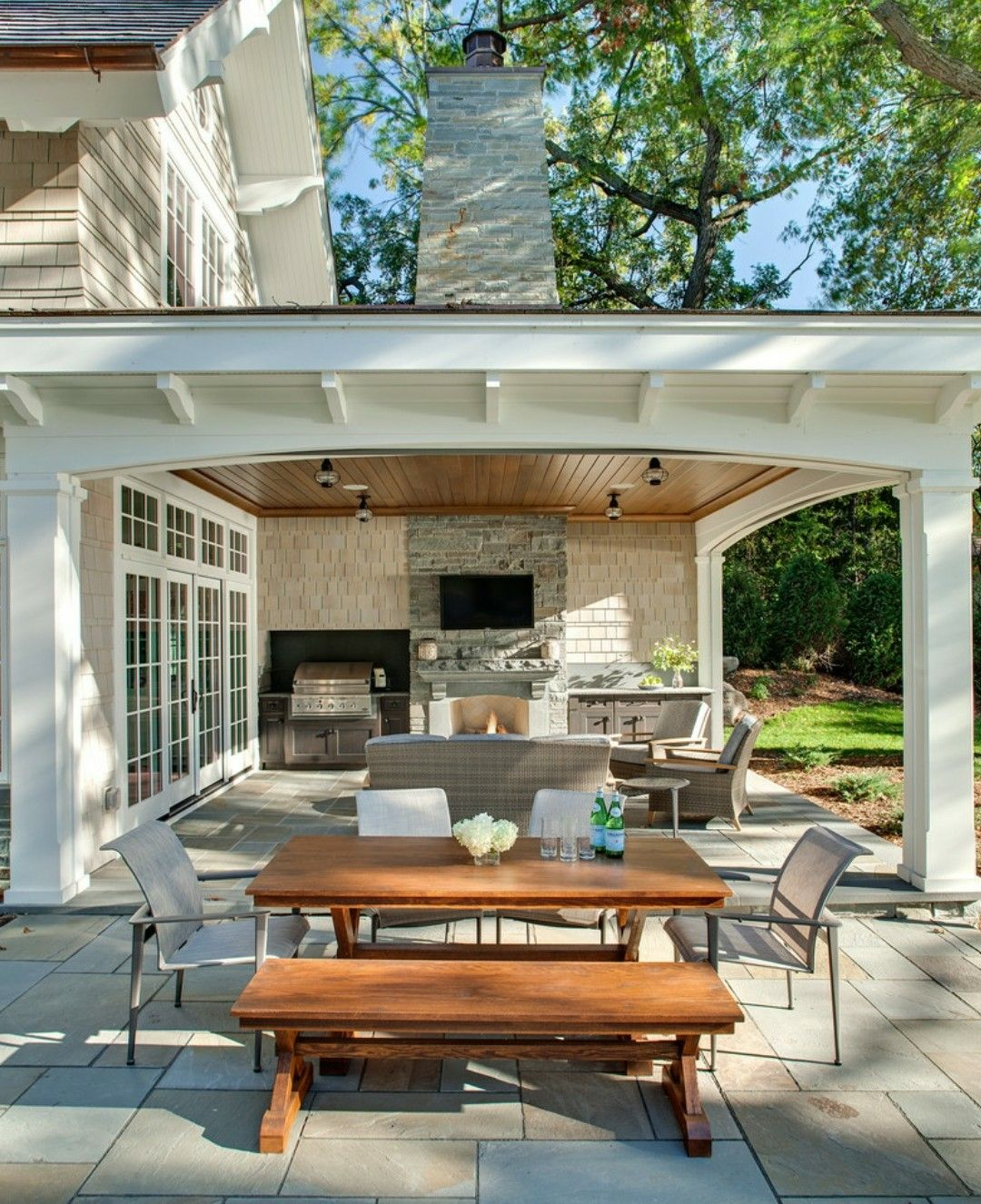 Pin By Mary Kubicek On Patio Outdoor Kitchen Design Layout Outdoor Kitchen Design Backyard Covered Patios
