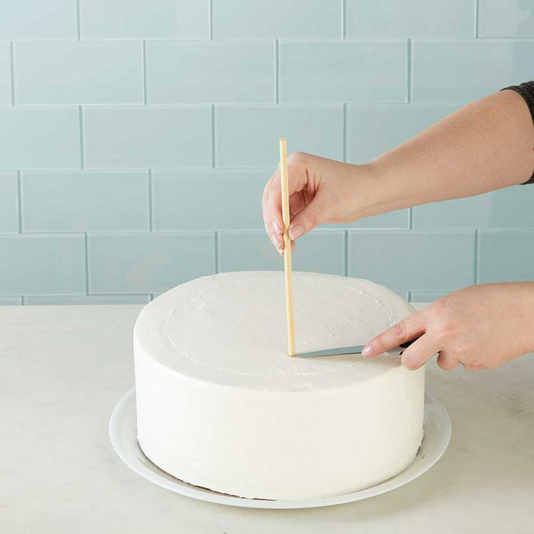 Everything You Need To Know About Wedding Cake: How To Make A Tiered Wedding Cake