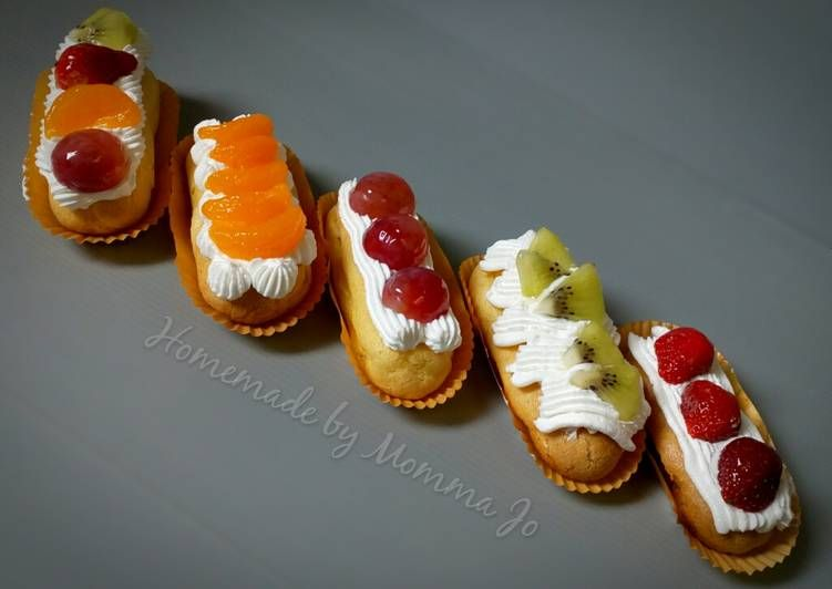Resep Eclair With Fruit Topping Oleh Herlin Wulan Resep Eclairs Topping Buah Makanan