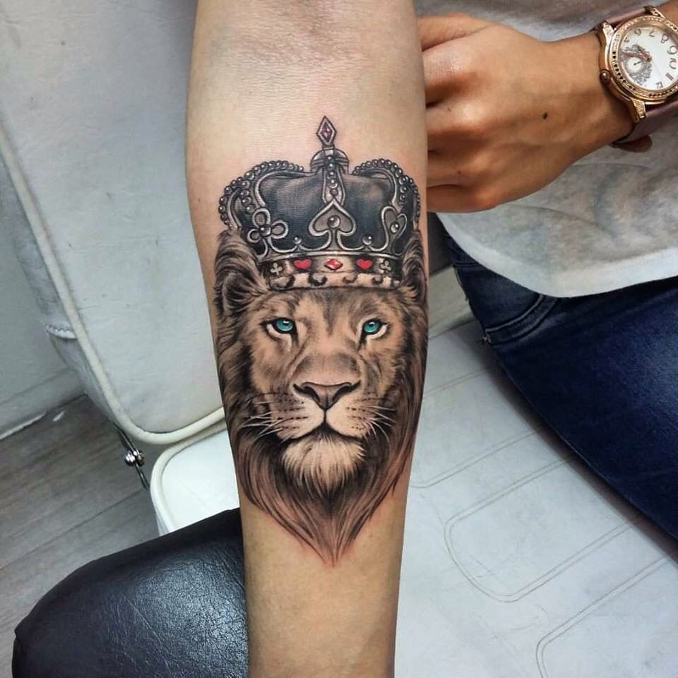 The Lion King With Images Lion Head Tattoos Lion Tattoo Sleeves Tattoo Designs Men