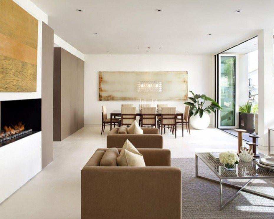 Modern Wohnzimmer Design Mit Wandeingebautem Kamin Und Wandgestaltung Mit  Bildern In Gold Als Akzent Zu Der