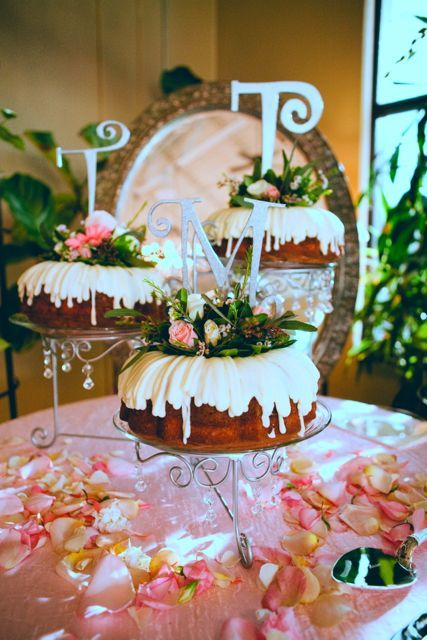 bundt wedding cakes bundt wedding cake wedding wedding cake 12222