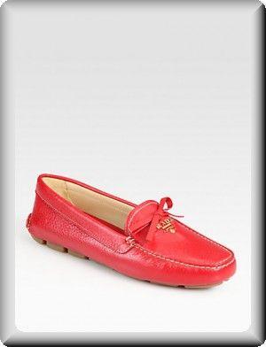 da0d4f7ba5d Prada Loafers Women colored