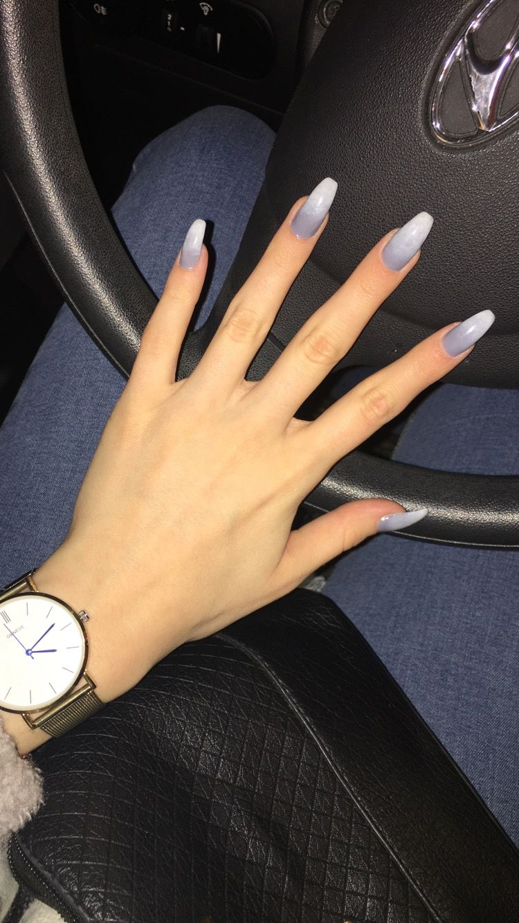Pin By Sara Reggi On Nails Ambre Nails Gray Nails Grey Gel Nails