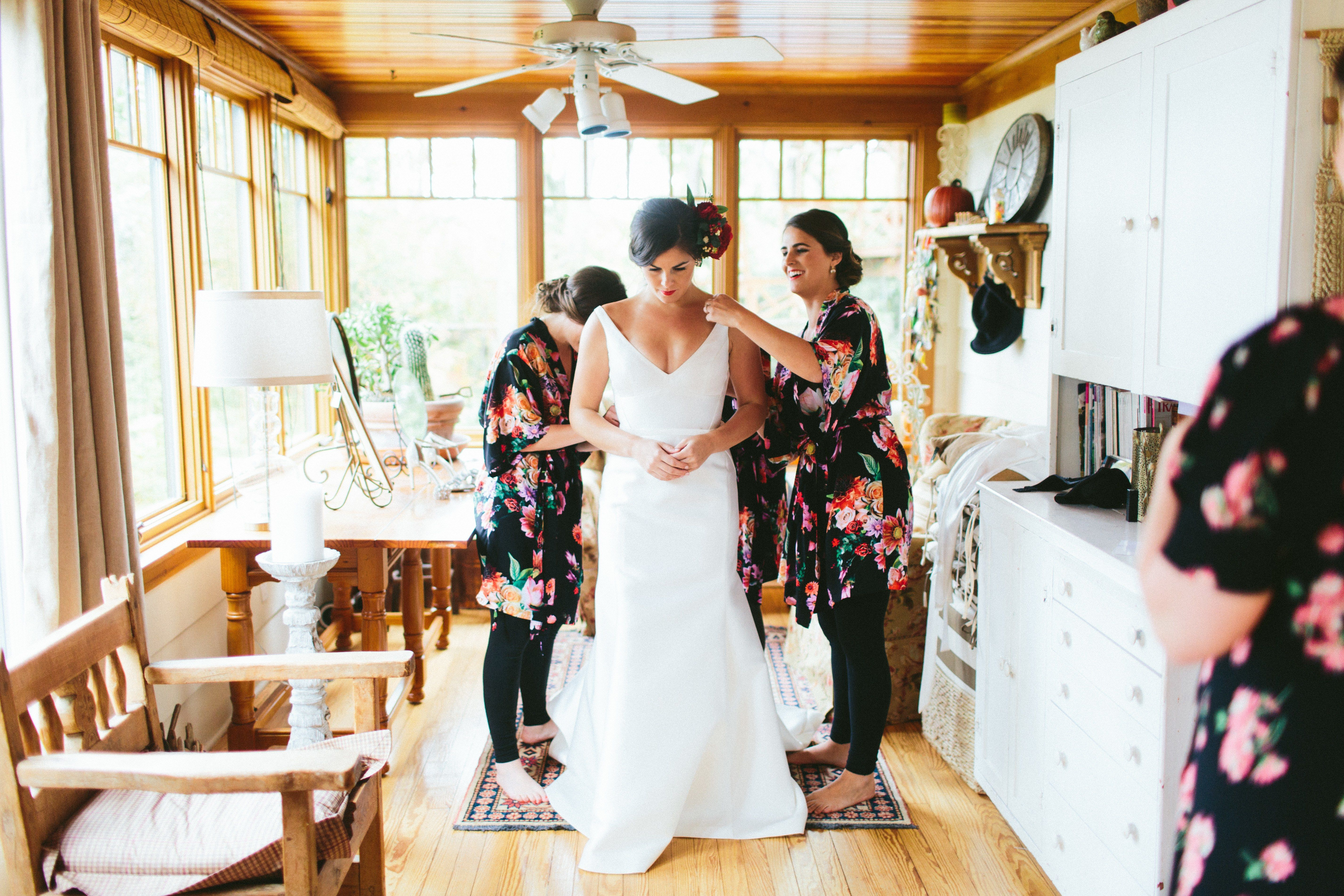 Renting wedding dresses  Should You Rent Your Wedding Dress Pros u Cons to Help You Decide