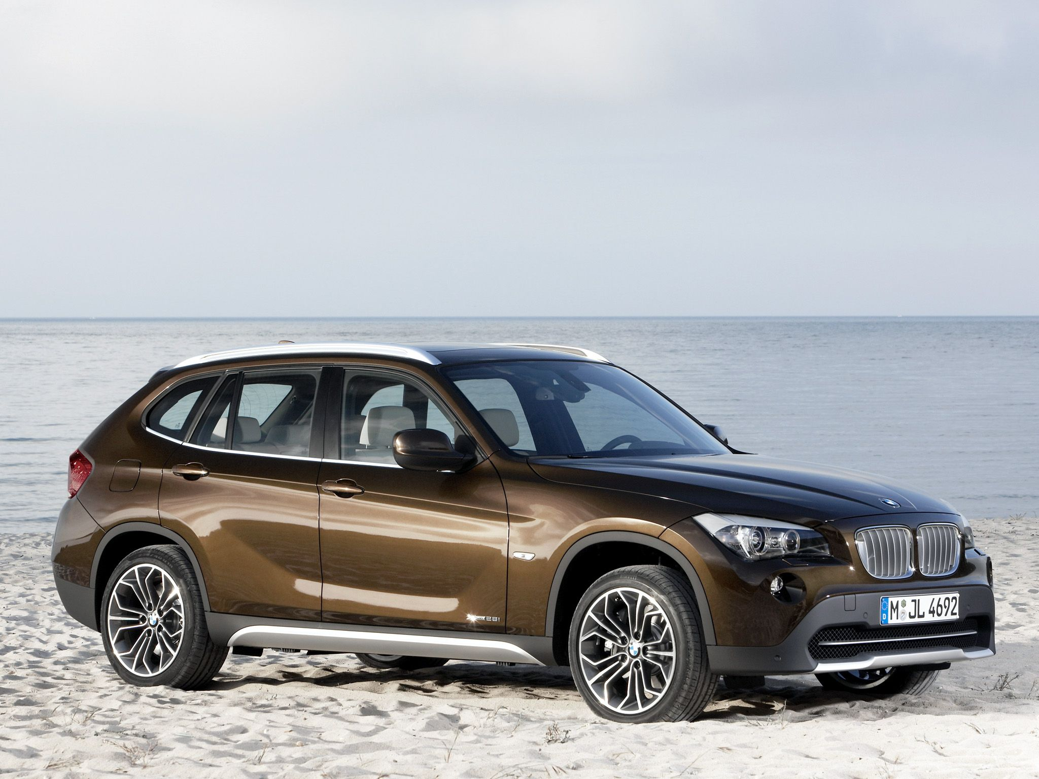 E84 bmw x1 this brown color was actually one of the introduction colors quite unusual