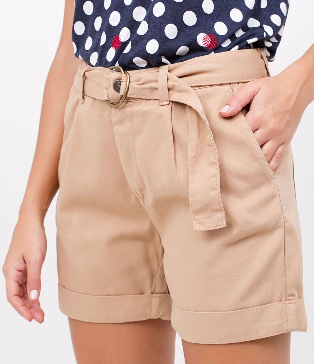 b9ad1dd2f Short feminino Modelo cintura alta Barra dobrada Marca  Marfinno Tecido   sarja Composição  100% algodão Modelo veste tamanho  36 Medidas da Modelo   Altura  ...