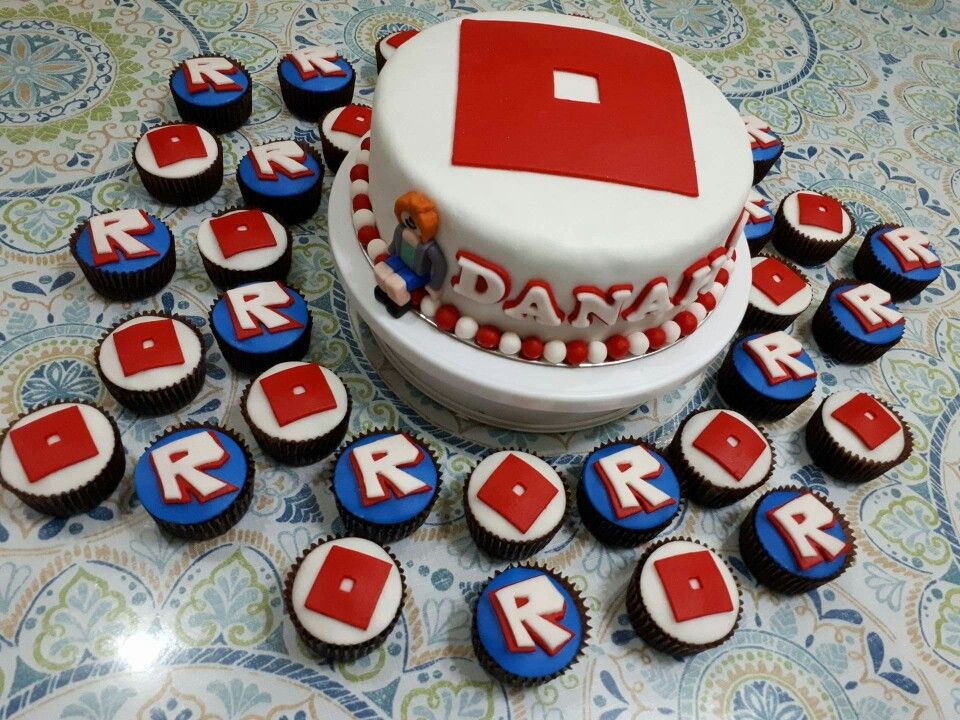 Roblox Cakes And Cupcakes Pinterest Roblox Birthday