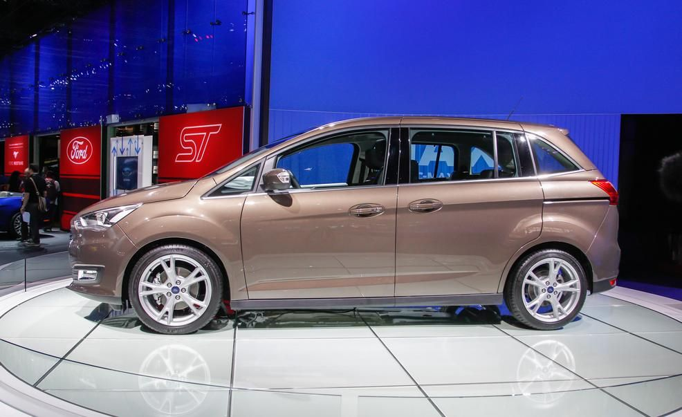 2019 Ford C Max will use the similar platform as model Ford Focus