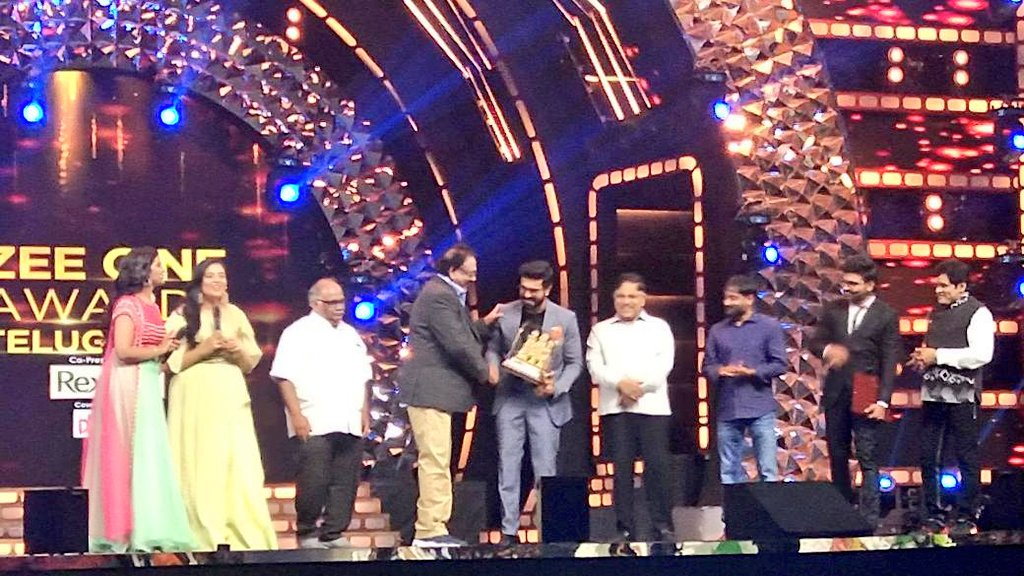 Ram Charan Won The Best Actor Award At Zee Cine Awards