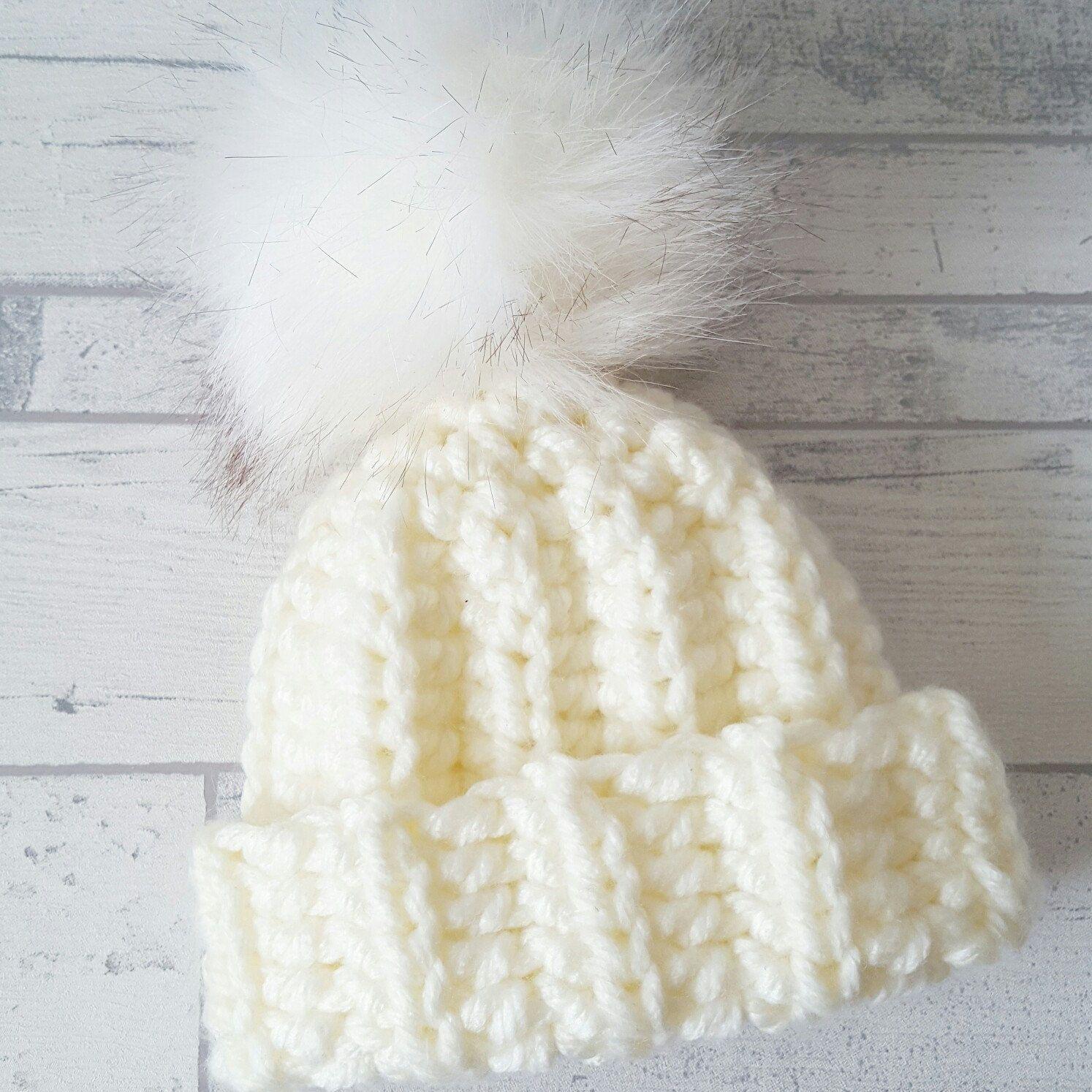 f87f108fee2 Newborn chunky fluffy pompom! Bobble HatsHat CrochetWinter ...