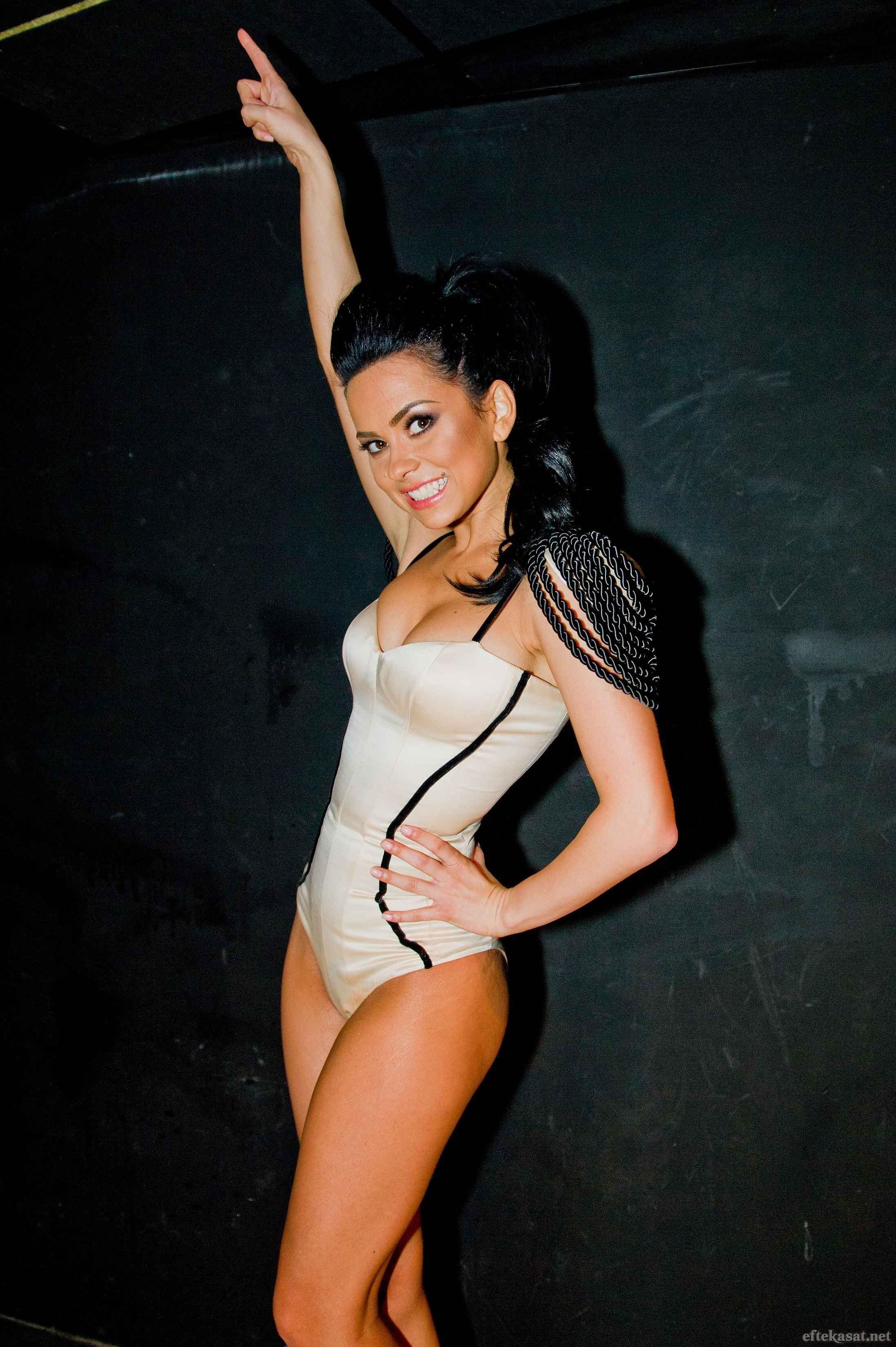 Instagram Elena Alexandra Apostoleanu naked (19 photo), Ass, Cleavage, Feet, panties 2015
