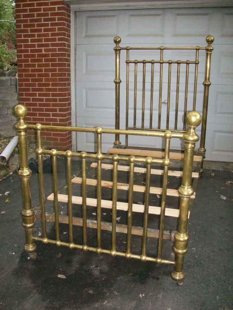 Antique Brass 34 Bed In 2019 Brass Beds 3 4 Beds Bed Brass Bed