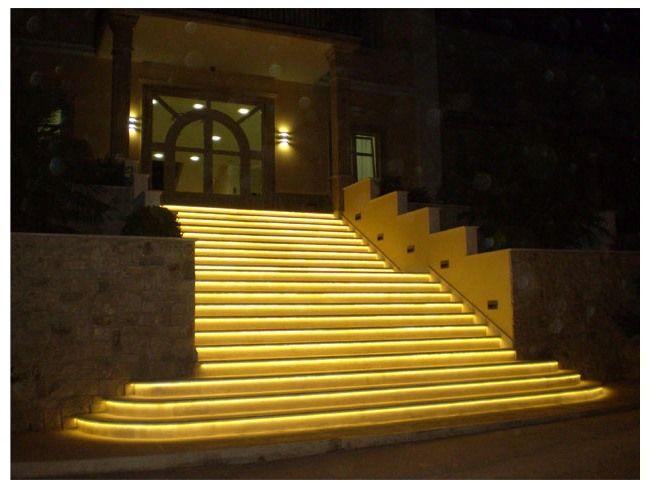led strip light outdoor